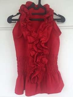 Red top / sleeveless top / atasan merah /ruffled to