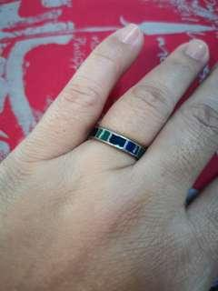Size 7 ring colorful stained glass design