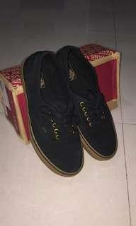 Vans authentic gumsole (black)