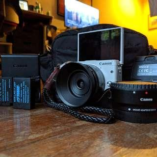 Canon EOS M3 bundle (with 10 freebies)