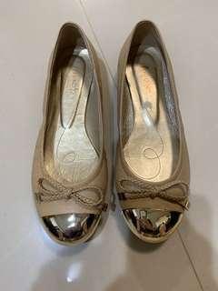 Annalee真皮娃娃鞋36.5