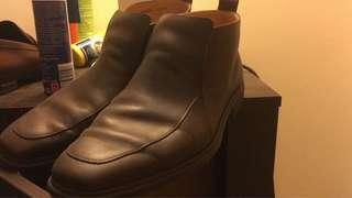 Almost new Bally boot in dark brown