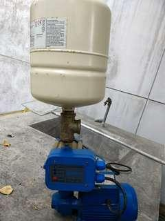 Water pump (used for 5 months only)