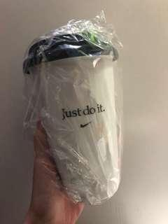 Nike 陶瓷杯