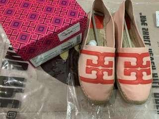 Tory 草鞋