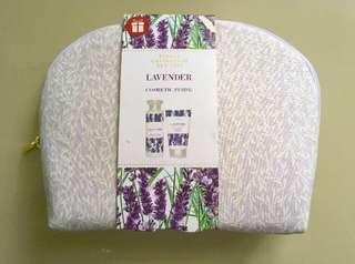 🚚 M&S Lavender Floral Bath Set (Clearance Sale)
