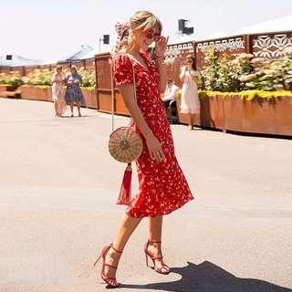 🚚 Aneska Red Midi Dress