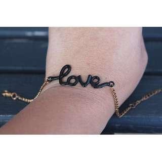 🔥SALE🔥 *NEW* 'Love' Bracelet