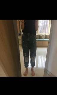 ZARA - ripped mom jeans (repriced)