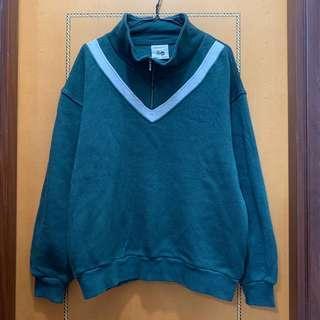 $60 綠色校園風拉鍊長袖衛衣
