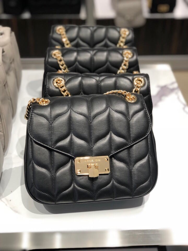 efc5584df166 Michael Kors Peyton Large Convertible Shoulder Flap Bag- LIMITED EDITION  ☆AUTHENTIC☆, Luxury, Bags & Wallets, Sling Bags on Carousell
