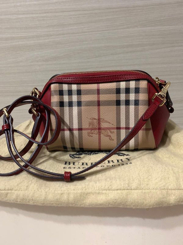 5521395f926 Burberry haymarket check mini blaze crossbody bag, Women's Fashion ...