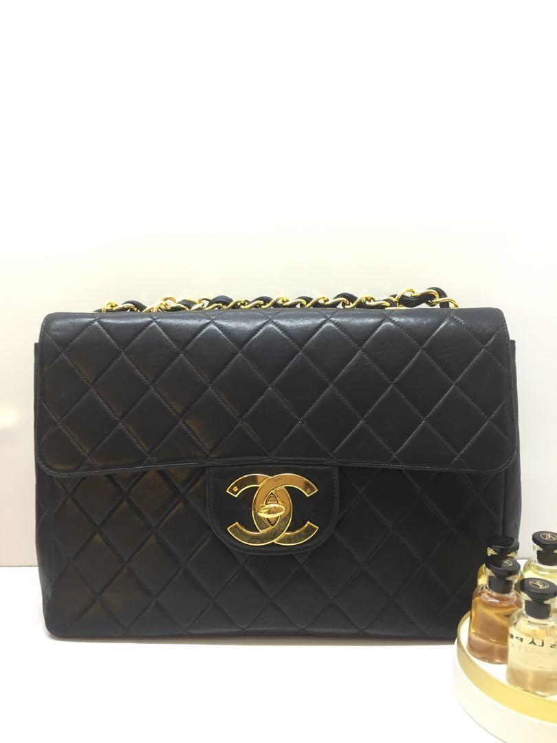 127371989ef9 Chanel, Luxury, Bags & Wallets, Handbags on Carousell