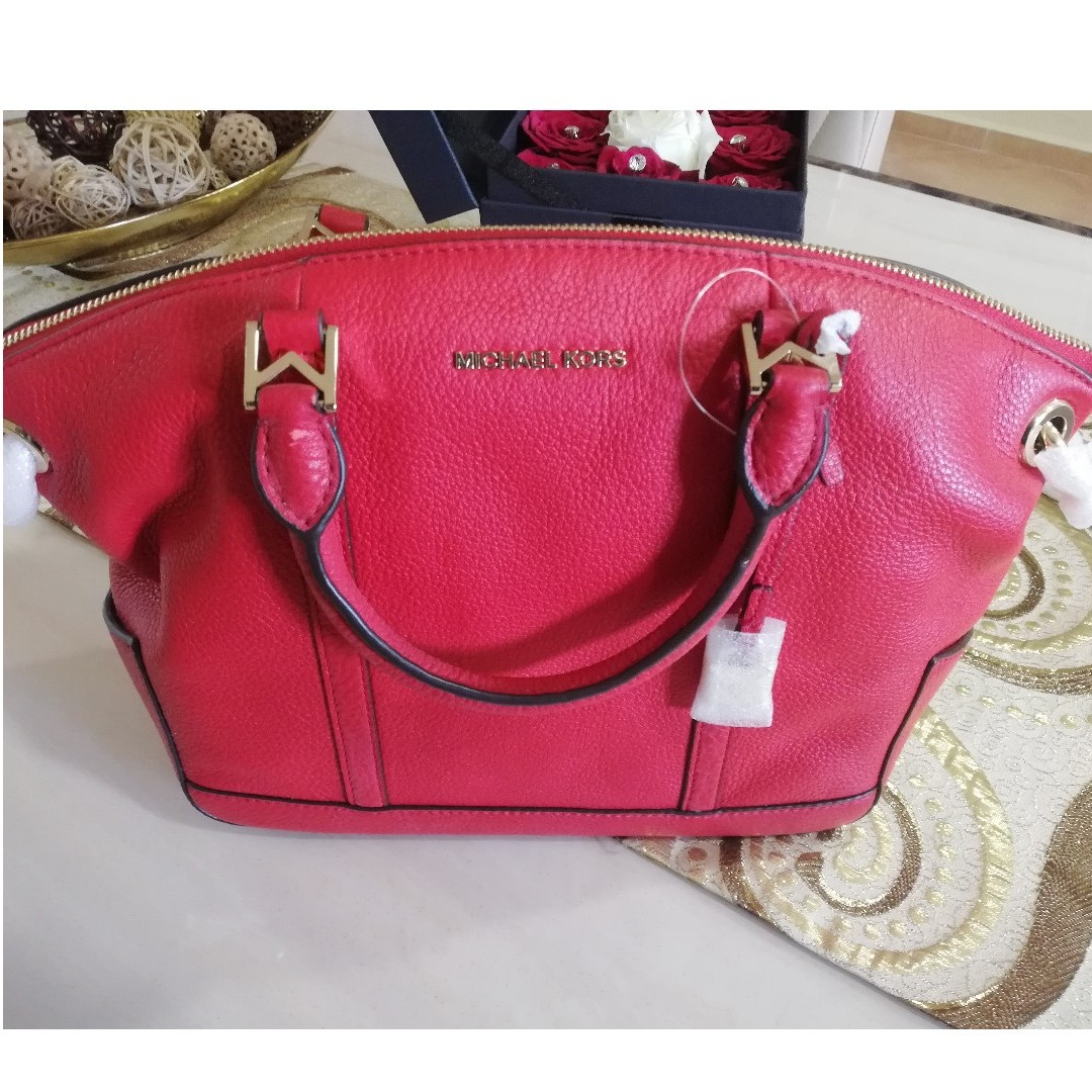 4ca455d4ad0 Michael Kors Red Leather Bag, Women's Fashion, Bags & Wallets ...