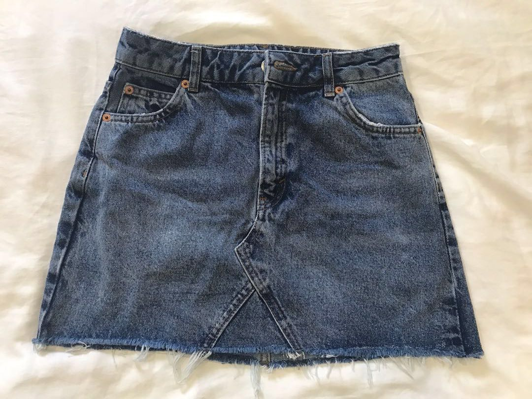 00f9672180 Topshop Moto denim mini skirt, Women's Fashion, Clothes, Dresses & Skirts  on Carousell