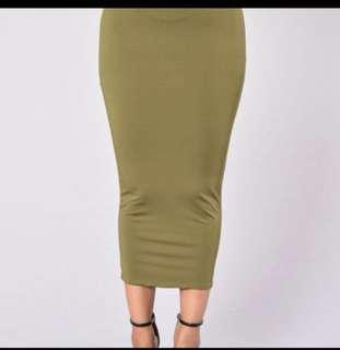 Fashionnova Green Midi skirt
