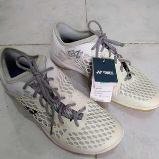 Yonex shoes original