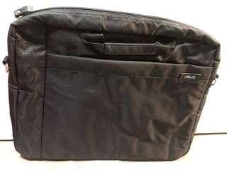 黑色實用袋 *全新 電腦袋