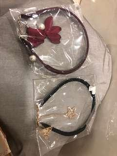 🚚 Hair band with hanging charm