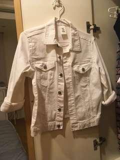 🚚 H&M白色牛仔外套