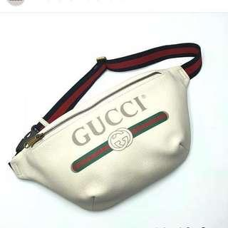 🚚 GUCCI leather print belt bag white