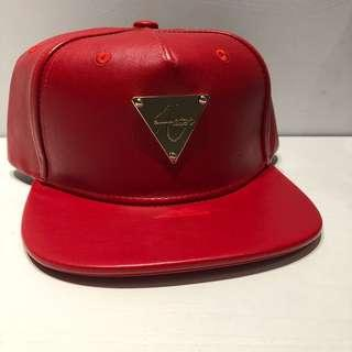 🚚 Hater Snapback in Red