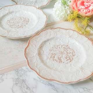 Victorian Pearl China Plates Set of 4