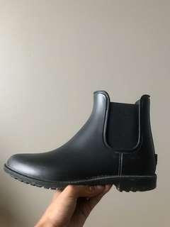 7.5 Rain Boots