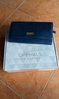 oriflame optimals even out GRATIS DOMPET NAVY
