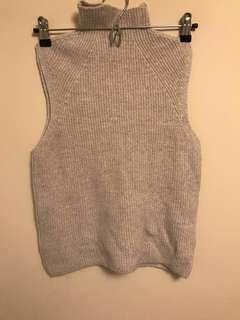 Aritzia Wilfred Free sleeveless sweater size XS
