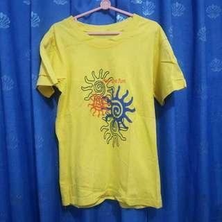 Baju Kaus Kaos Atasan Anak Perempuan Laki-laki Unisex Kuning Katun Bekas Second Preloved Murah