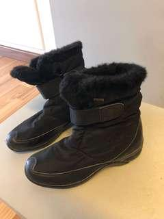 Black after ski or snow boots size 39/40