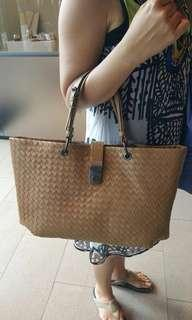 Authentic Bottega Veneta Camel Intrecciato Woven Nappa Leather Large Capri  Tote Bag 868c3f3246b1c