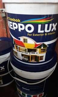 Cat tembok Neppo Lux 20kg putih. outdoor & indoor