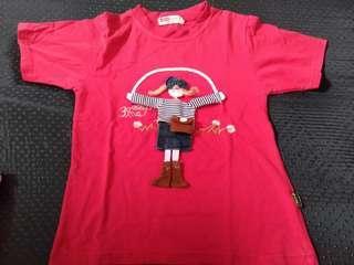 Kaos anak merah boneka bisa dimainin