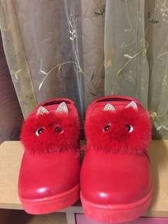 🚚 女童鞋31碼