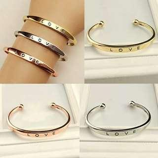 🚚 Assorted Gold / Silver Cuff Bracelet Instock Free Postage