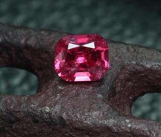 天然红色尖晶石 0.22 克拉 Red spinel 0.22ct