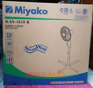 Kipas Angin Berdiri Stand Standing Dual Desk Fan Miyako KAS-1618B
