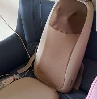 Selling preloved Osim uClassic 3D massage chair