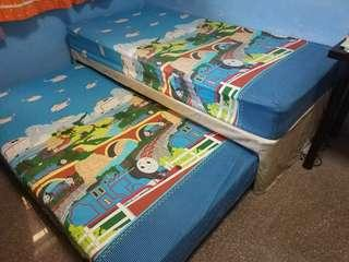 Single pullout bed with mattress