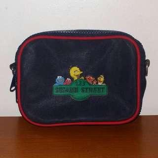 SESAME STREET Kids Pouch/Bag With Sling