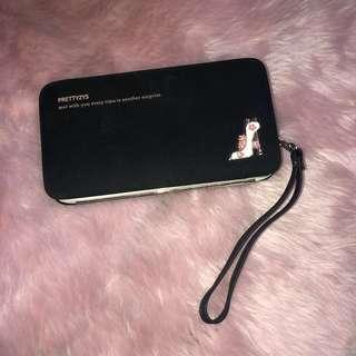 Wallet Purse with Cellphone Holder