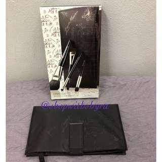 Laura Mercier makeup pouch (from a brush set. BRUSHES NOT INCLUDED).