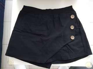 🚚 Short skirt