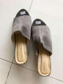 🚚 Heels