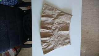 🚚 Khaki pretty, flirty skirt from bcbg max azri