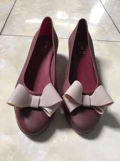 TLTSN Maroon Jelly Wedges