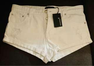MinkPink white denim shorts (brand new with tags) (size S)