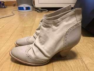 100% Real Initial White Leather short heel boots EU 36